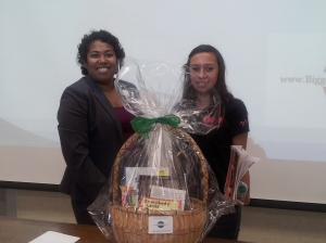 The winner of the gift basket at Adelante Mujer Latina 2013.